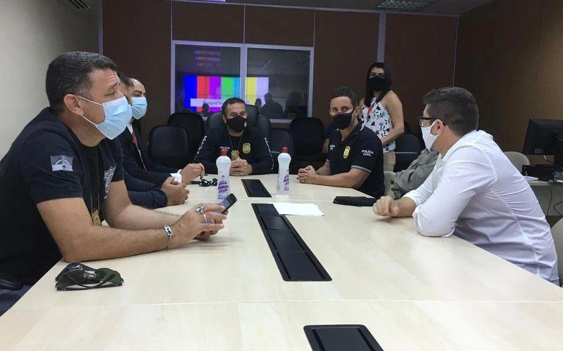 Durante coletiva, delegados explicaram o sequestro