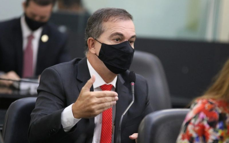 Deputado Ronaldo Medeiros