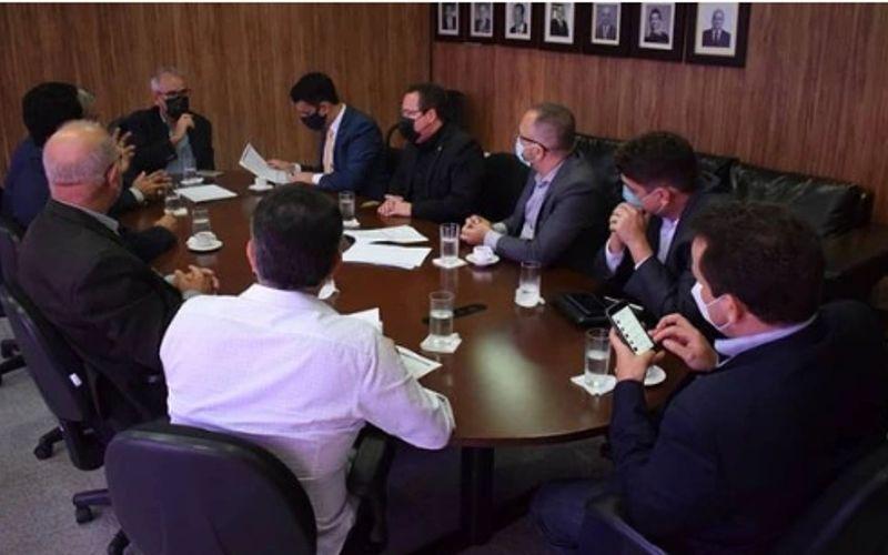 Reunião entre a Prefeitura de Maceió e o Tribunal de Contas do Estado.