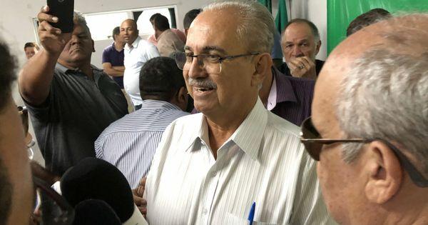 Oposição dividida fortalece reeleição de Rogério Teófilo em Arapiraca - Cada Minuto