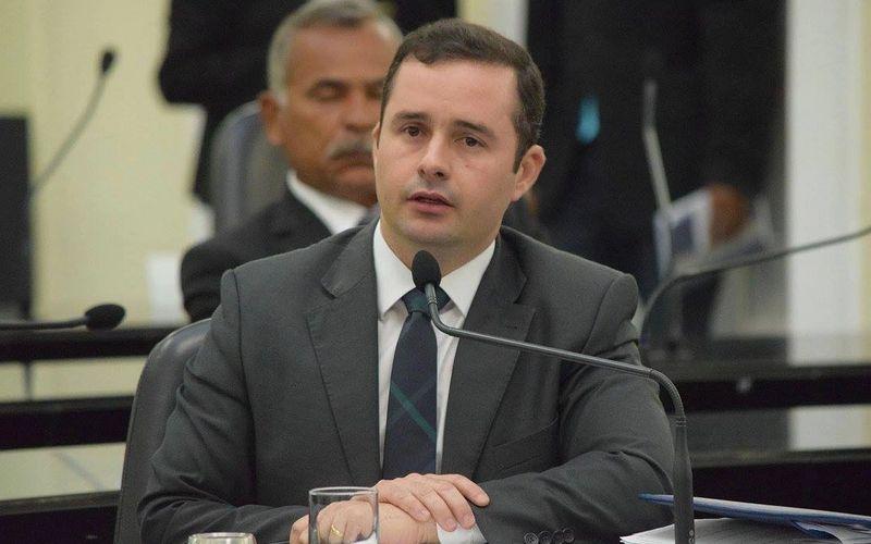 Deputado Bruno Toledo
