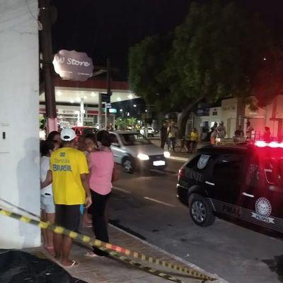 Homem passou mal e morreu na calçada de uma residência em Arapiraca.