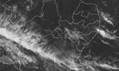Sala de Alerta emite aviso meteorológico para ocorrência de chuvas em pontos isolados do Litoral e Zona da Mata de Alagoas
