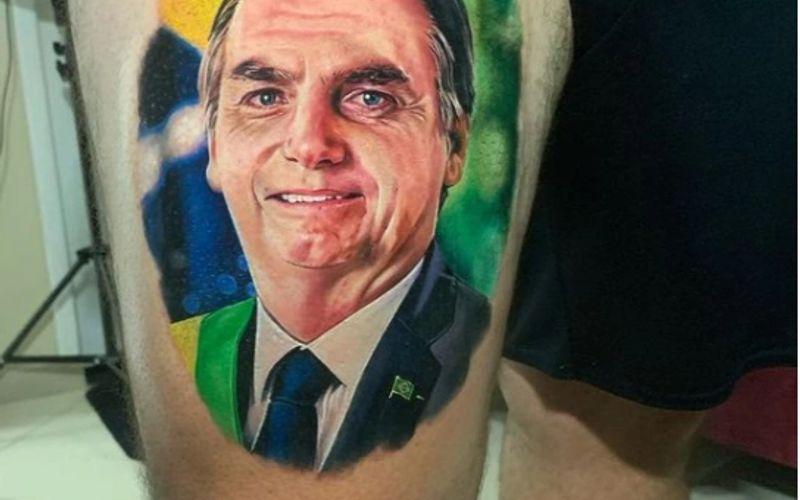 Homem tatuou imagem de Bolsonaro na coxa