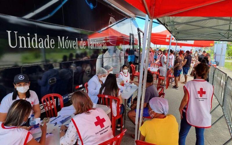 Ônibus da Vacina finaliza a sua estadia em Maceió nesta quinta-feira.