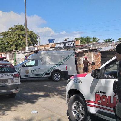 Polícia Militar e IML
