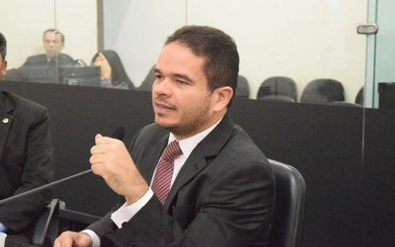 Deputado Marcelo Vitor