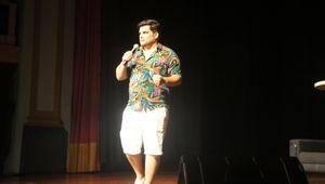 Teatro: Rafael Cunha em 'Casem, é ótimo!'
