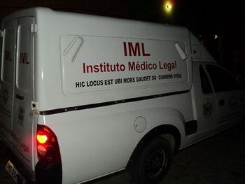 Viatura do Instituto Médico Legal (IML)